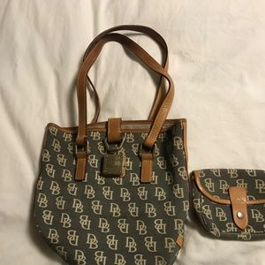Dooney and bourke bucket purse with coin purse